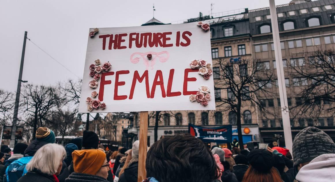 Стивен Пинкер: важные политические решения должны принимать женщины