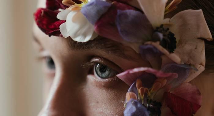 «Два кусочка мозга за пределами черепной коробки»: нейробиолог о том, как глаза движут мыслями