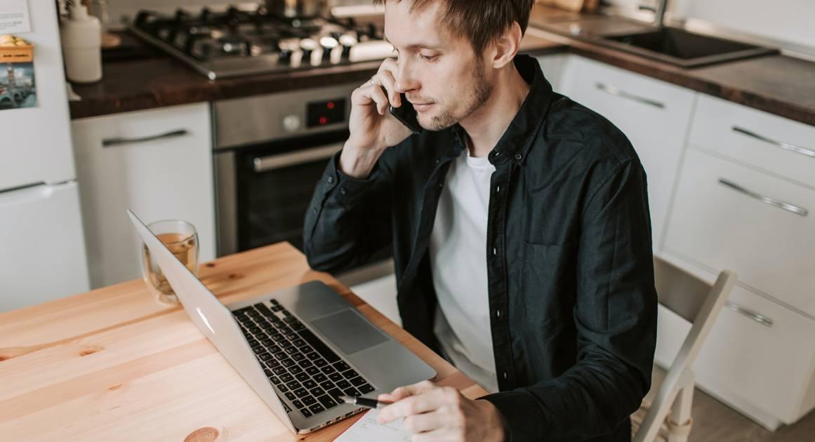 Как телефонные разговоры помогают от тревоги и депрессии