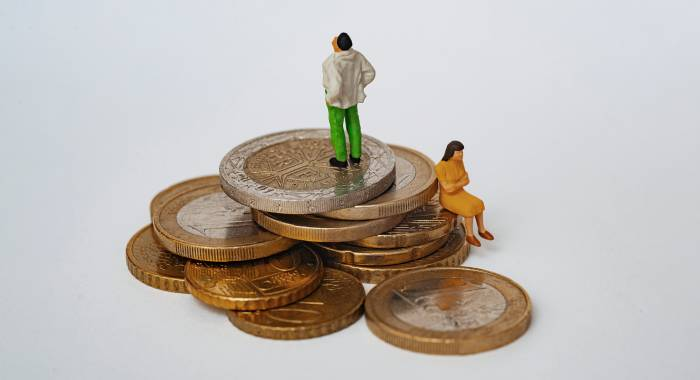 Почему денег всегда не хватает? (Даже если доходы выросли)