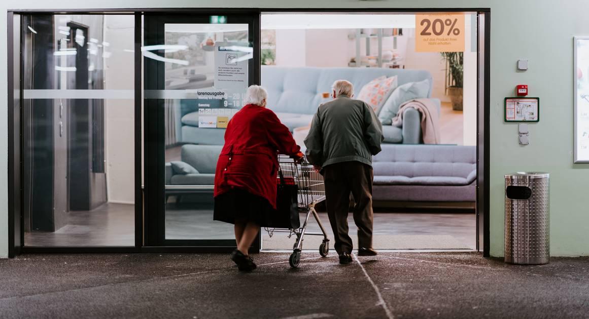 Жить — не значит стареть и умирать