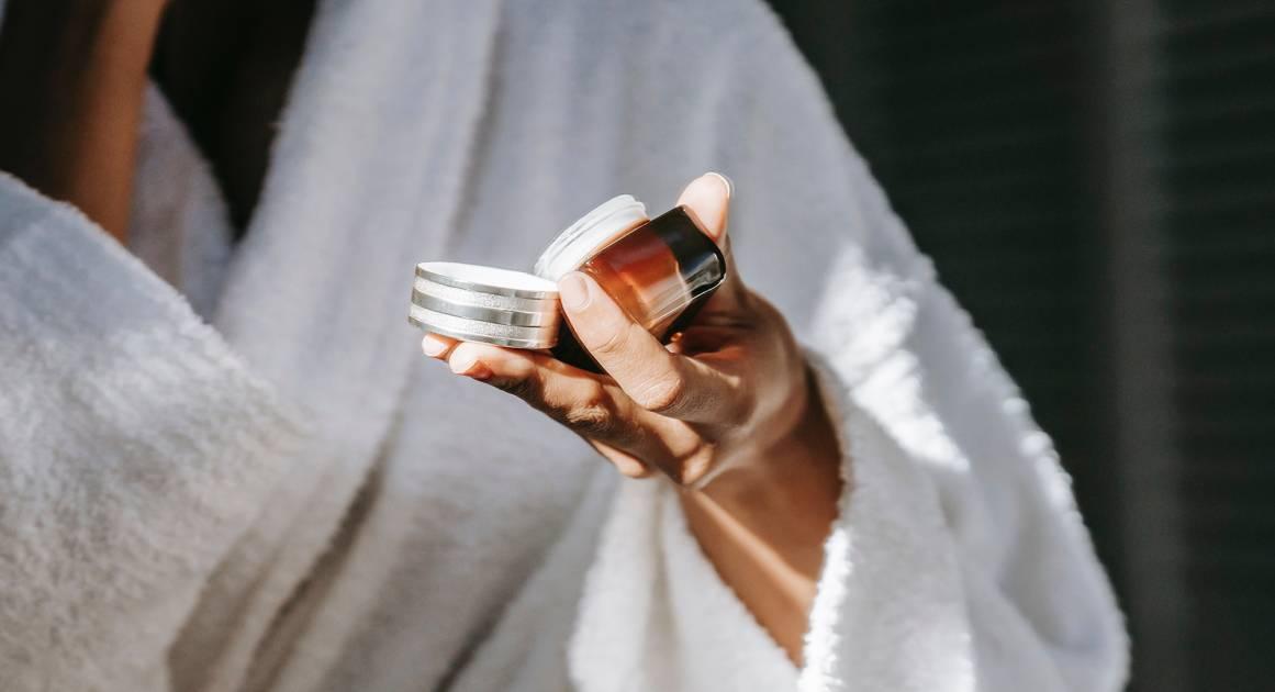 Коэнзим Q10 — полезно ли его есть, пить и намазывать на кожу?