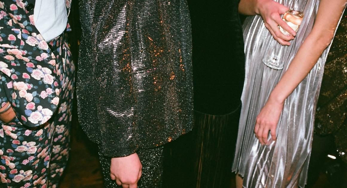 Настройка связи: как правильно знакомиться с важными людьми на вечеринках